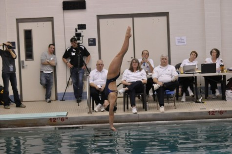 Yacopino leads divers as Maidens make splash in districts