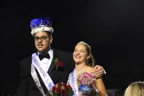 "NPHS crowns ""Benergetic"" student homecoming king"