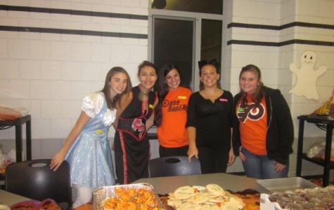 YEA Hosts Halloween Party