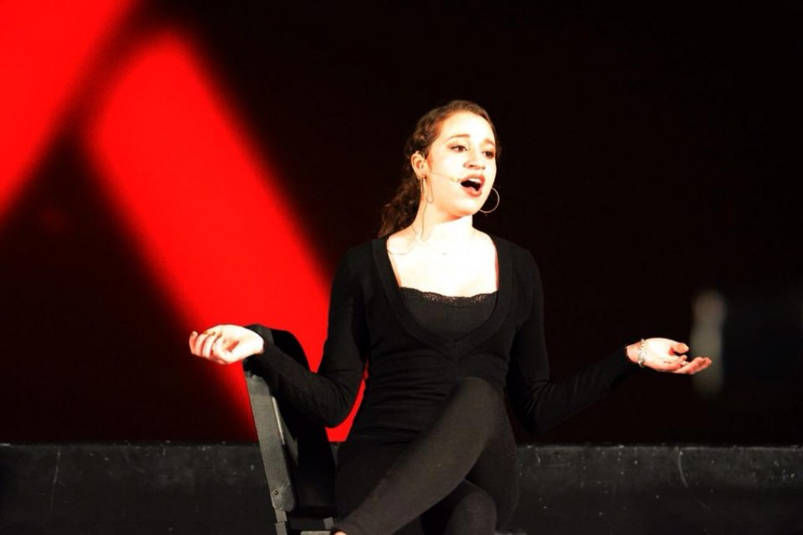 North+Penn+High+School+senior+and+aspiring+jazz+singer+Juliette+Shipp+belts+it+out+at+2014%27s+annual+Broadway+Cares+Equity+Fights+Aids+event.