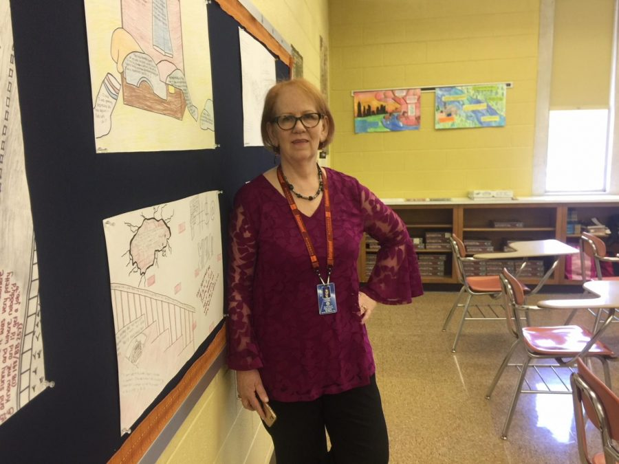 One+of+North+Penn%27s+most+well+known+English+teachers%2C+Mrs.+Cassel+takes+pride+in+both+her+students+and+books.