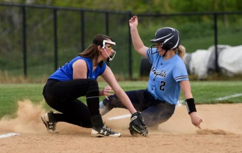 SOFTBALL – Big confidence boost for Knights as they top Titans 3-0
