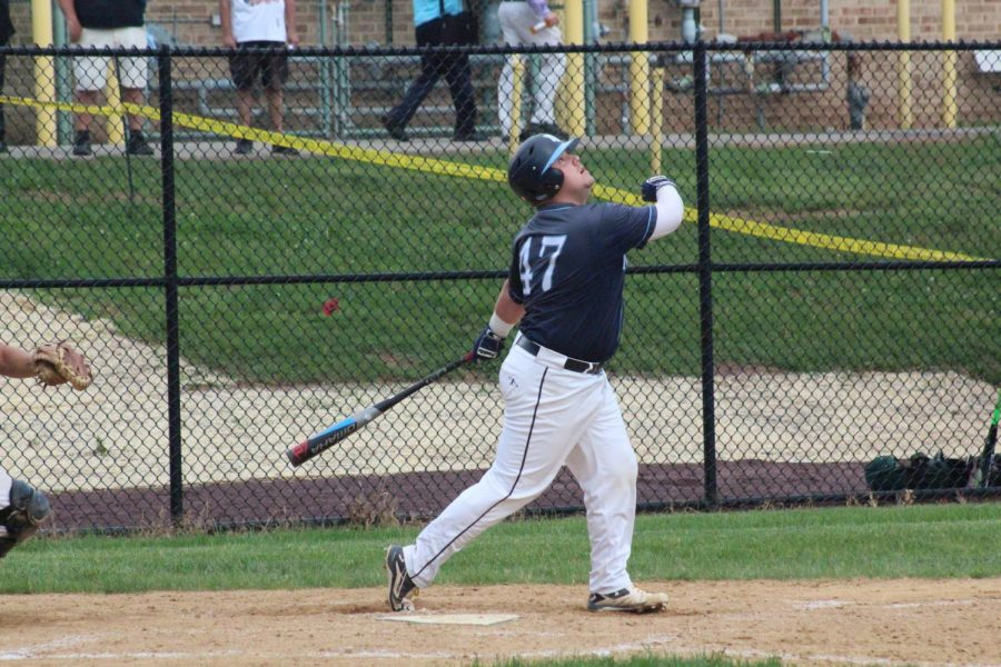 BASEBALL-+Senior+Hunter+Hamlin+collects+two+hits+in+the+second+half+of+the+Knights+vs+Pennridge+game.