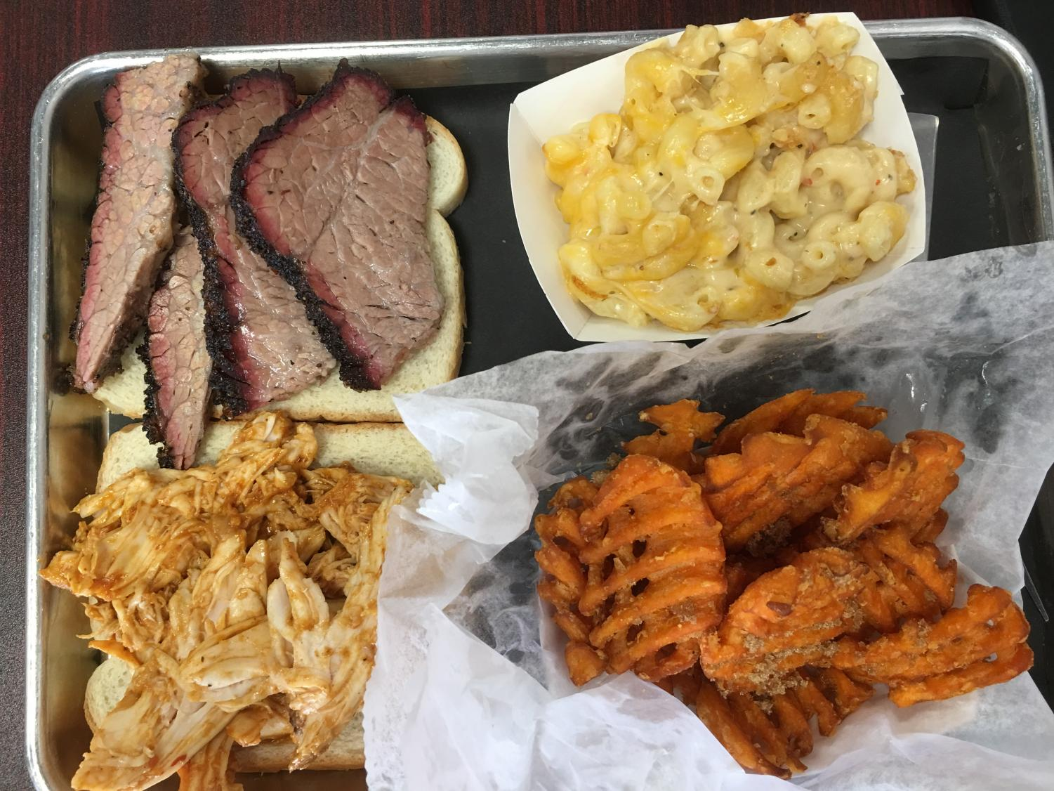 Cuisine expert Doug Bell takes a look at Smoke Daddy's in Lansdale.