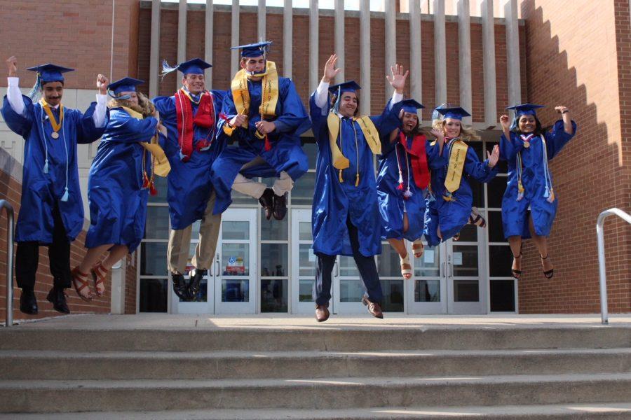 PHOTO+STORY%3A+Class+of+2018+Graduation