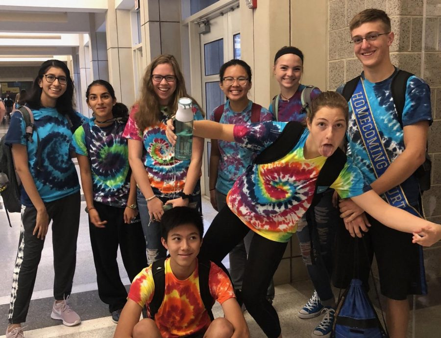 A group of seniors show their NP spirit by participating in Tie Dye Tuesday.