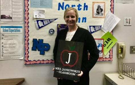 Carrie Jankowski teaching more than just history lessons