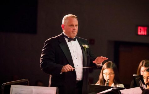 Band director Ted Heller to march into retirement