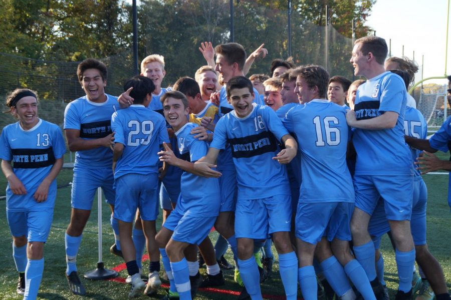 The+Knights+celebrate+after+Carter+Houlihan%27s+goal.