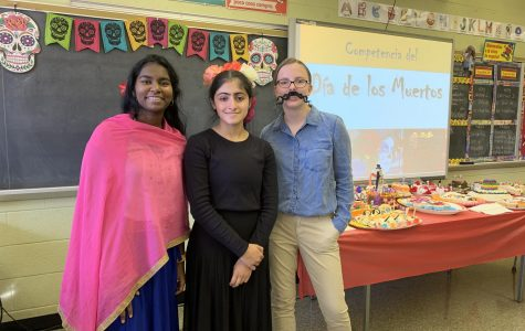 Spanish Classes celebrate Día de los Muertos