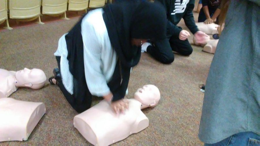 Khadejah+Mohiuddin%2C+a+sophomore+here+at+North+Penn%2C+was+one+of+many+students+required+to+perform+hands-on+CPR.