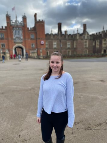Class of 2019 Alum Shannan Wenzel in front of Hampton Court Palace in London.