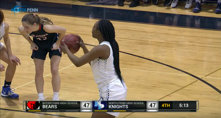 Valerie+McGriff+at+the+free+throw+line+for+the+Knights.