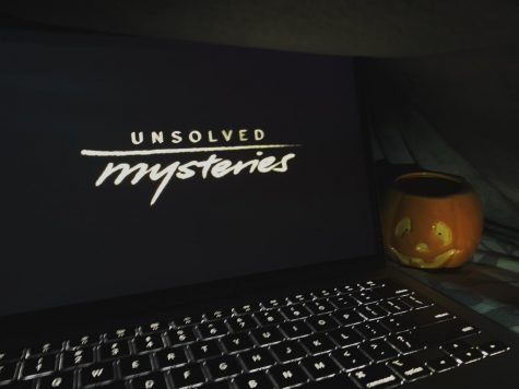 Turn Back the Unsolved Clock: Back in 1987 when Unsolved Mysteries first aired, nobody was watching on a laptop. But now that Netflix has revamped the original title series, a whole new audience can tune in for a whole new slew of mysteries.
